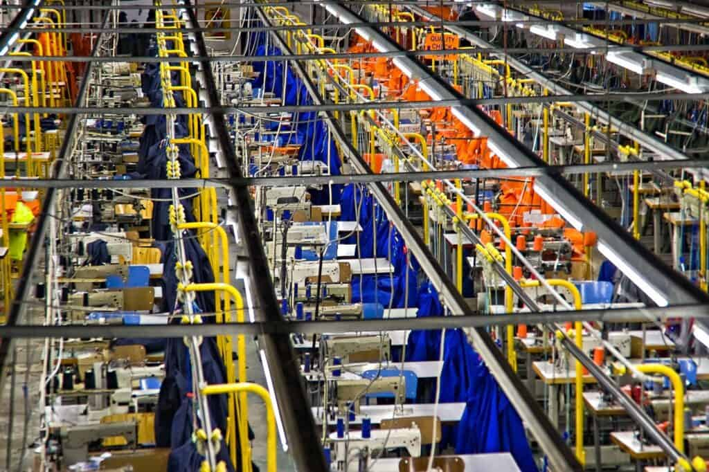 服装工厂内景