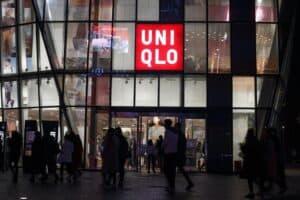 uniqlo's big 'scam' 1